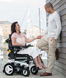 invacare - cadeira de rodas elétrica BORA2